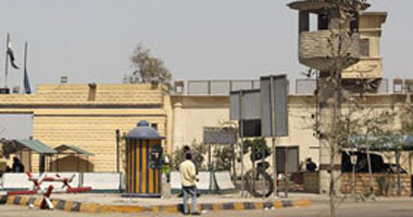 صورة استشهاد ضابطين وفرد شرطة خلال تصديهم لـ 4 مسجونين محكوم عليهم بالإعدام حاولوا الهروب من سجن طرة